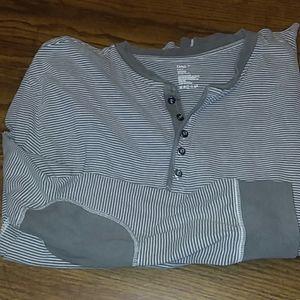 Gap long sleeve 5 button pullover soft cotton  XL